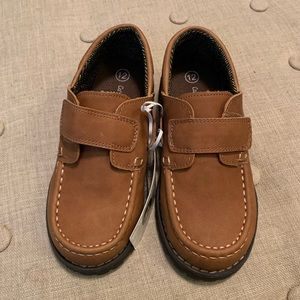 Cat & Jack Shoes - NWT Cat & Jack Boys Brown Jacy Loafers!